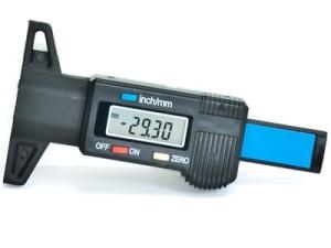 Digital tire tread depth gauge at Wasserman.eu