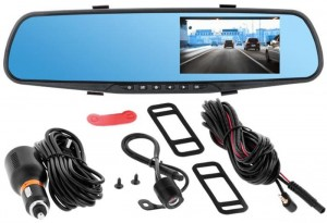 Car mirror with recorder and reversing camera at Wasserman.eu