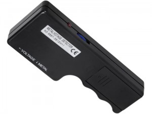 Cable detector. The device detects metal and voltage at Wasserman.eu