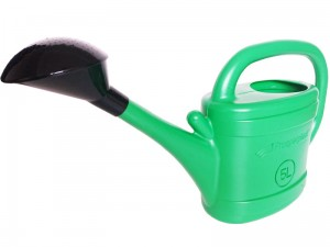 5L plastic watering can at Wasserman.eu