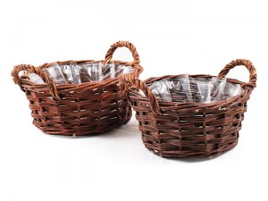 Set of two wicker baskets with handles and foil at Wasserman.eu