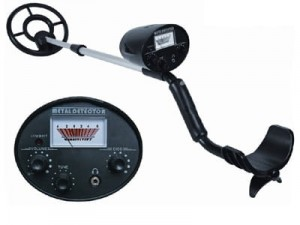 Maclean MCE952 Discriminated Metal Detector at Wasserman.eu