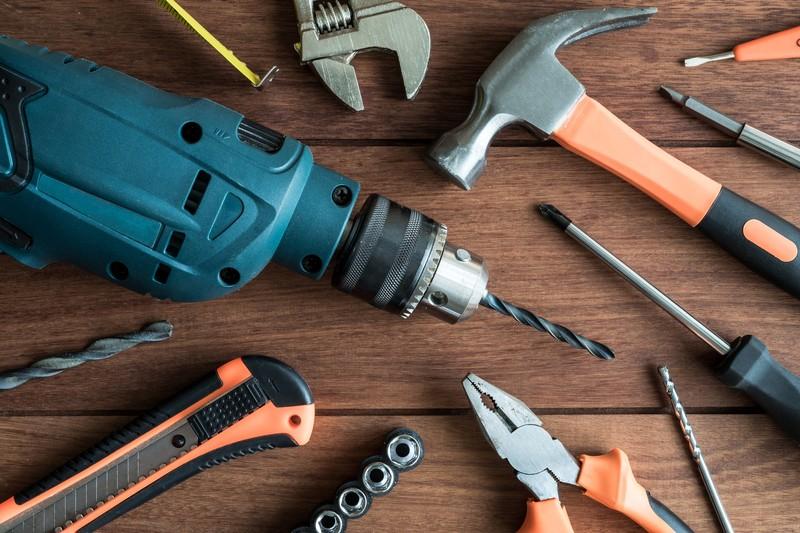 7 narzędzi ręcznych, których nie może zabraknąć w Twoim domu
