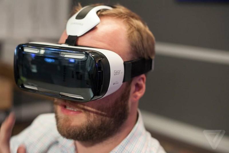 Gogle Galaxy Gear VR mają problem z przegrzewaniem. Maksymalnie 25 minut gry?