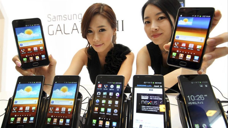 Samsung zalał rynek smartfonami i dał Google powody do zadowolenia